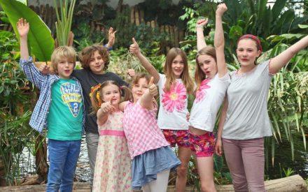 Kinder in der Biosphäre Potsdam