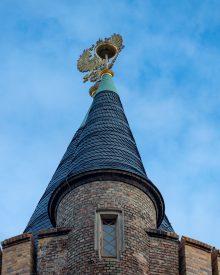 Auf der Spitze des Flatowturm trohnt ein Adler