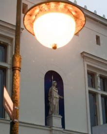 Villa Schöningen im Laternenlicht