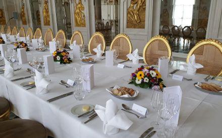 Gedeckter Tisch im Ovidssal