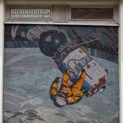 DDR-Mosaik am Rechenzentrum, Foto: PMSG/ Stephanie Kalz