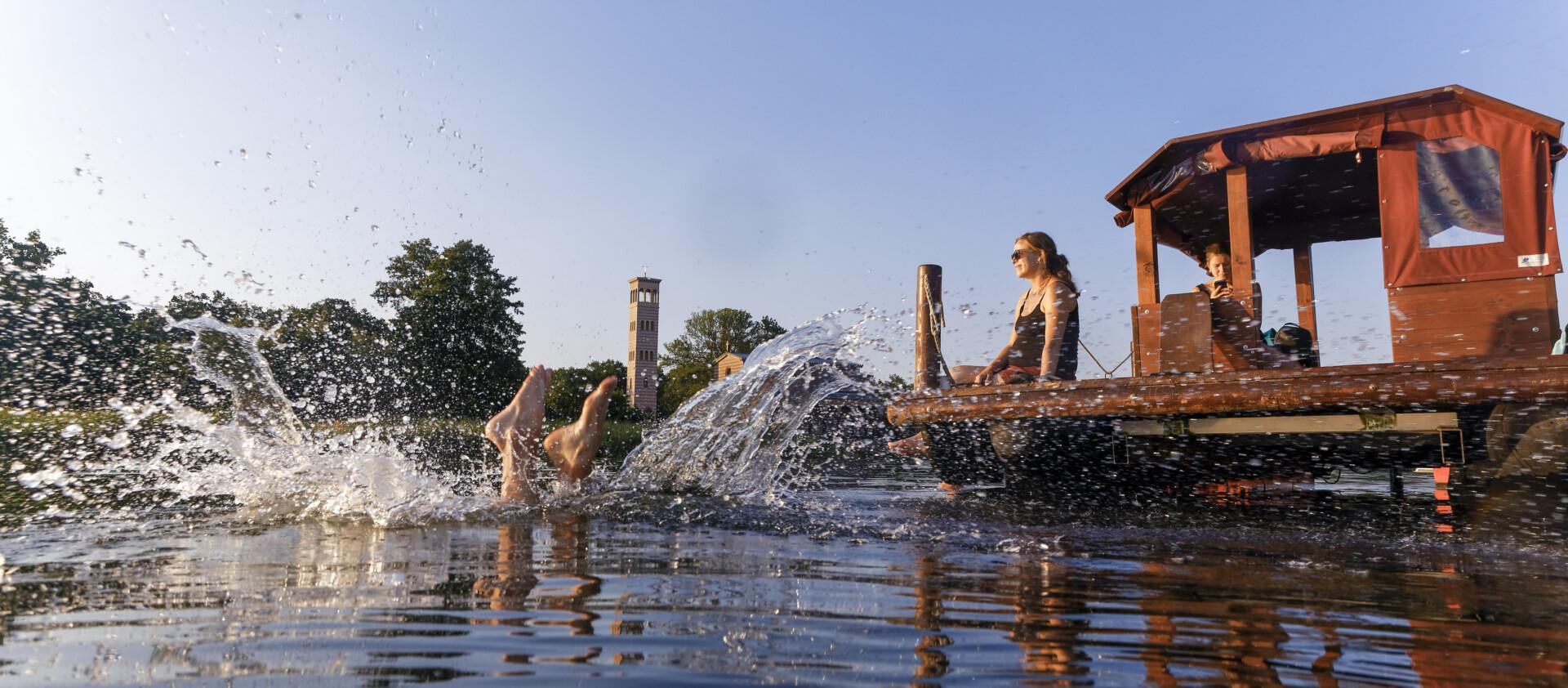 Abtauchen in die Havel, Foto: PMSG/ André Stiebitz