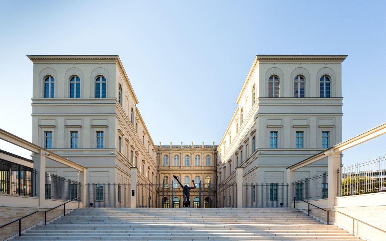 Museum Barberini mit Freitreppe zur Havel, Foto: Helge Mundt