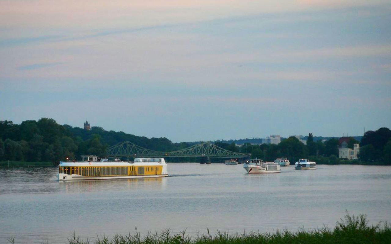 Korsofahrt der Schifffahrt in Potsdam zu den Nächtlichen Schlösserimpressionen® , Foto: Weisse Flotte Potsdam GmbH