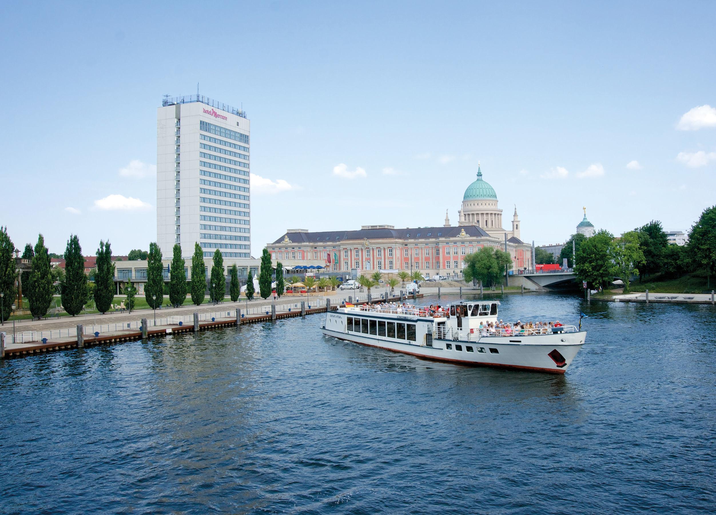Brunchfahrt mit der Weissen Flotte Potsdam zum Pingsfest
