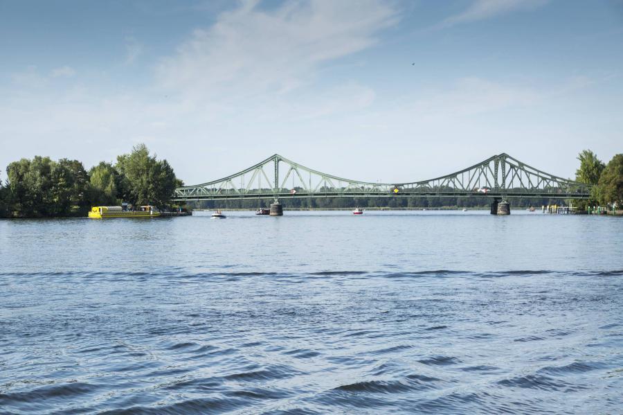 Glienicker Brücke Die Verbindung Nach Berlin Potsdam