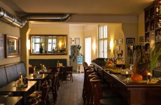 Restaurant Weisser Schwan - Tresenbereich im Gastraum