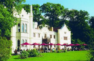 Blick zum Kleinen Schloss Babelsberg, Foto: Kleines Schloss Babelsberg / SPSG