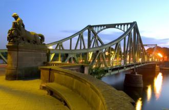 Glienicker Brücke © TMB-Fotoarchiv/ Kröger